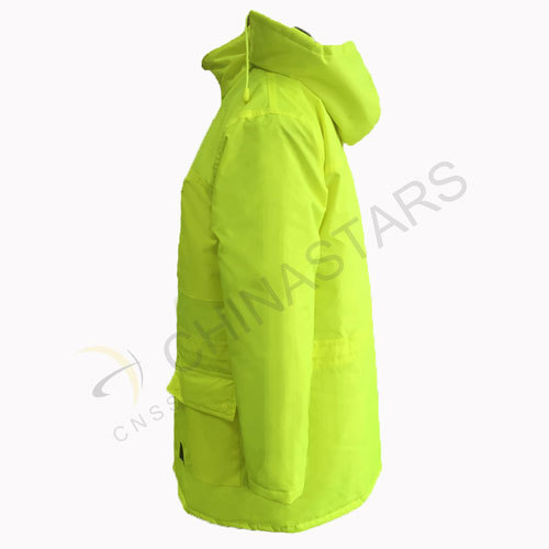 Hi-vis jacket with multiple pockets