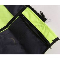 Reflective sportswear with multifunctional pockets