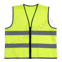 Classic reflective vest with zipper closure