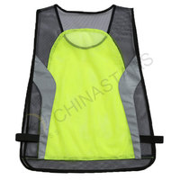 Mesh reflective sportswear for motorcyclist