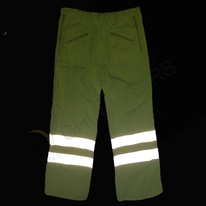 Reflective pants with multi-pockets
