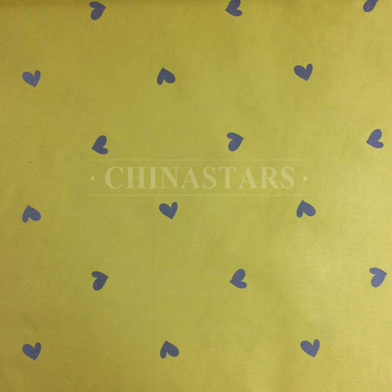 Reflective printing fabric with heart shape pattern