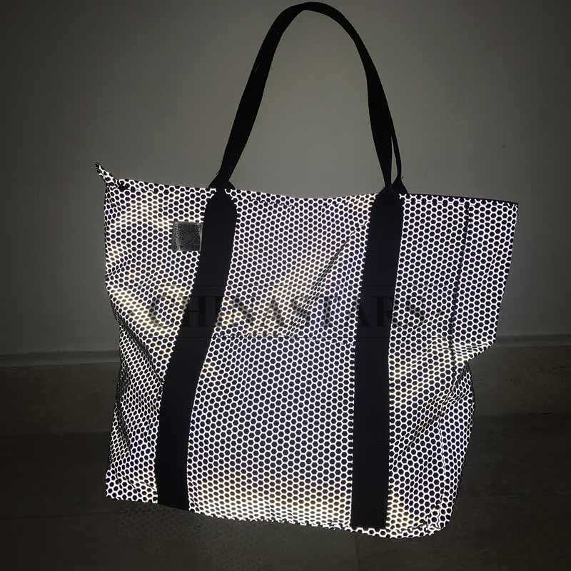large capacity reflective printed single shoulder bag