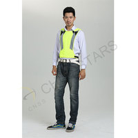 Mesh reflective fashion vest for runners