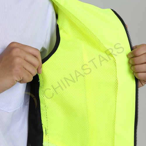 Hi-vis safety vest for cycling