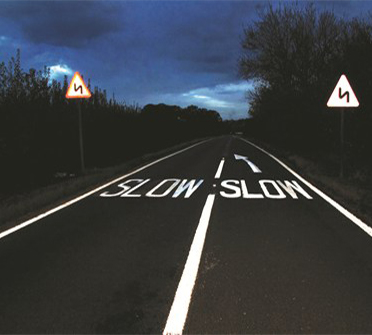 Importance of reflective traffic signs