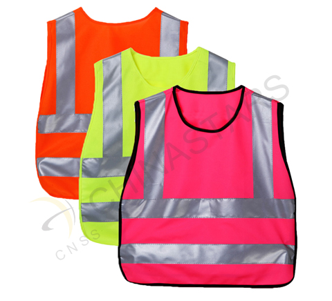 Children must wear safety vest when cycling