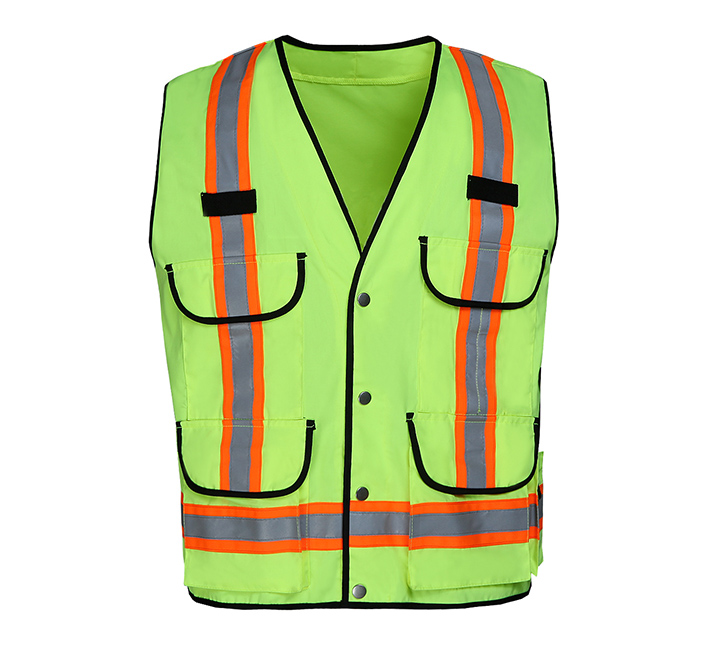 Hangzhou parking toll menber get new safety vest