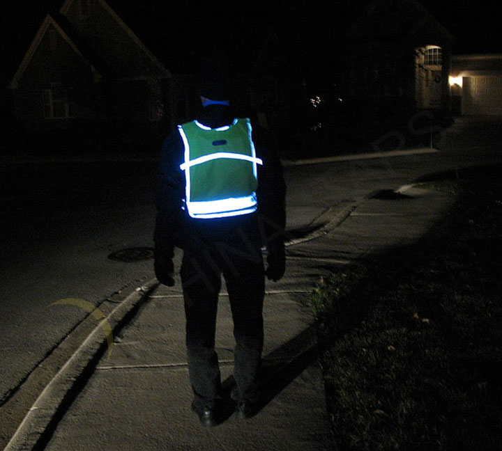Reflective vest are necessary for bicycle riding