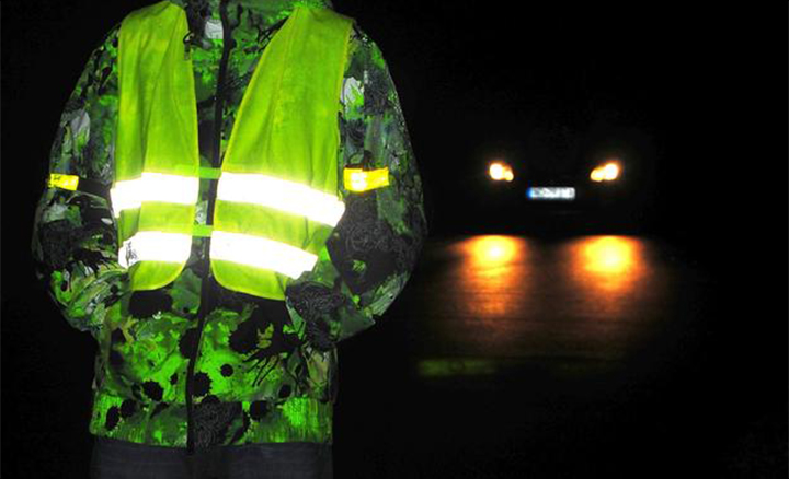 Reflective vest-The dancing elves in the dark