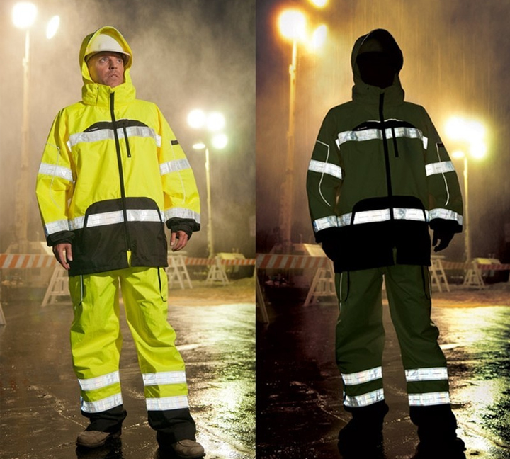 Stay Ultra-Dry with our Hi Vis Rainwear