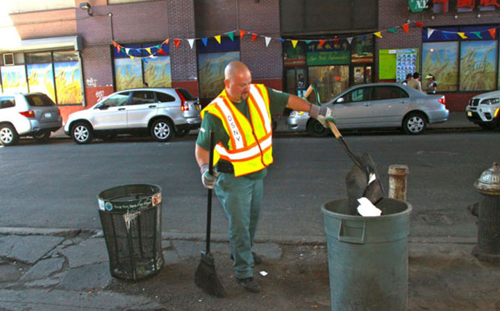 Reflective vest is necessary for Sanitation workers