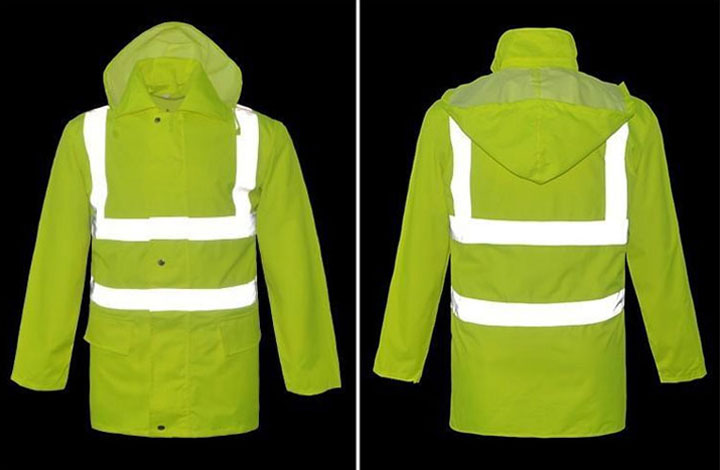 Why choose reflective raincoats instead of ordinary raincoats