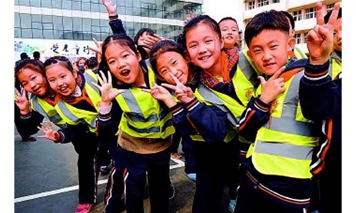 Reflective vests protect students from going safety at night