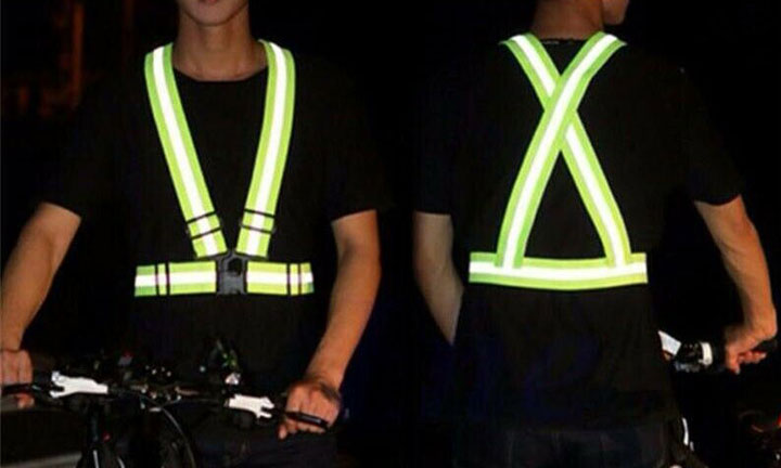 Reflective clothing protects especially in winter