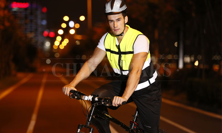 Reflective clothing increases safety