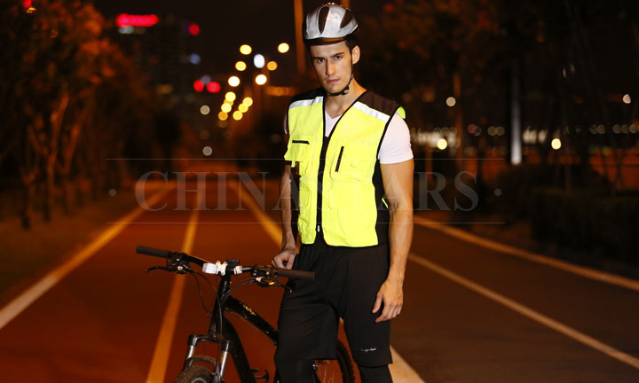 4 mistakes to avoid when riding a bike after dark