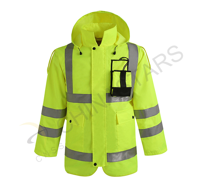New safety clothing for traffic police